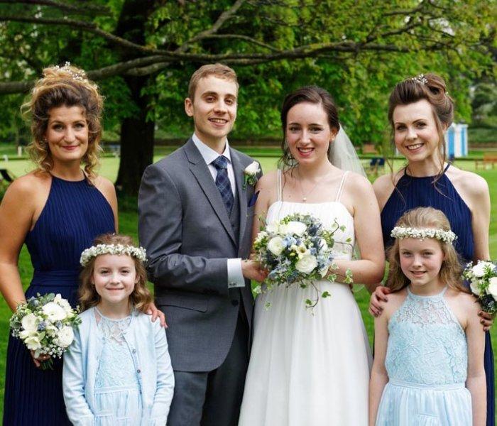 hannah sykes april 2018 bride-Hannah and hubby & bridesmaids
