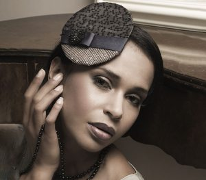 Classic makeup vintage inspired for women of colour at FTMakeup