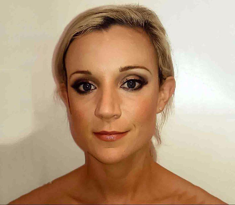 Professional-makeup london makeup artist-for-suzanne-reeves-FT