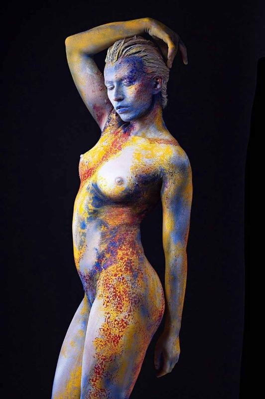 Abstract body art at FTMakeup 2019